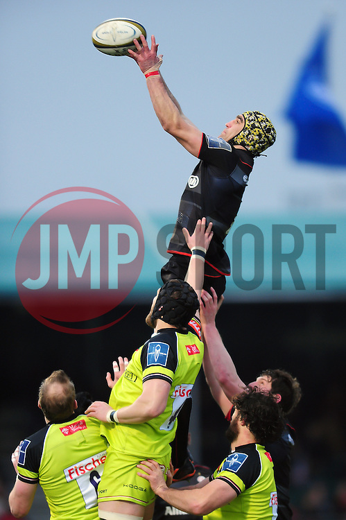Kelly Brown of Saracens wins the ball at a lineout - Mandatory byline: Patrick Khachfe/JMP - 07966 386802 - 05/02/2017 - RUGBY UNION - Allianz Park - London, England - Saracens v Leicester Tigers - Anglo-Welsh Cup.