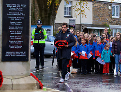 CARDIFF, WALES - Sunday, November 12, 2017: Wales' manager Chris Coleman lays a wreath at the cenotaph during a Remembrance Sunday service in Miskin, Cardiff. (Pic by David Rawcliffe/Propaganda)