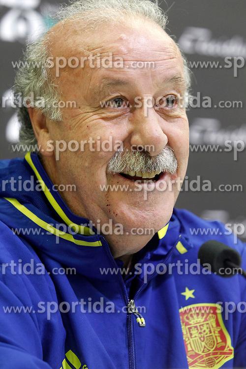 22.03.2016, Ciudad del Futbol de Las Rozas, Madrid, ESP, RFEF, Pressekonferenz spanische Fu&szlig;ballnationalmannschaft, im Bild Coach Vicente del Bosque during comercial event // during a press conference of spanish national football Team at the Ciudad del Futbol de Las Rozas in Madrid, Spain on 2016/03/22. EXPA Pictures &copy; 2016, PhotoCredit: EXPA/ Alterphotos/ Acero<br /> <br /> *****ATTENTION - OUT of ESP, SUI*****