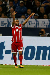 GELSENKIRCHEN, Sept. 20, 2017  Arturo Vidal of Bayern Munich celebrates after scoring during the German Bundesliga match between Schalke 04 and Bayern Munich in Gelsenkirchen, Germany, on Sept. 19, 2017. Bayern Munich won 3-0. (Credit Image: © Joachim Bywaletz/Xinhua via ZUMA Wire)
