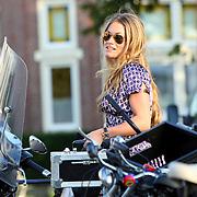 NLD/Amsterdam/20070727 - Amsterdam fashionweek 2007, Nikkie Plessen met zonnebril