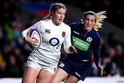 Jess Breach of England Women goes past Annabel Sergeant of Scotland Women - Mandatory by-line: Robbie Stephenson/JMP - 16/03/2019 - RUGBY - Twickenham Stadium - London, England - England Women v Scotland Women - Women's Six Nations