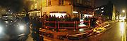 Erik Parker private view, Modern Art, Redchurch St. 17 January 2002. © Copyright Photograph by Dafydd Jones 66 Stockwell Park Rd. London SW9 0DA Tel 020 7733 0108 www.dafjones.com