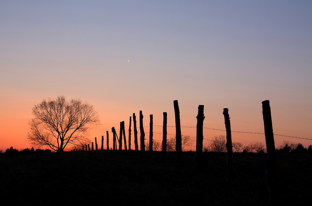 Sunset fades to twilight along Loudoun County Parkway in Ashburn, VA