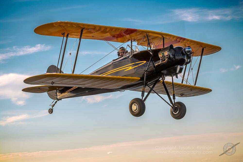 Skyote, Pilot Tom Dubrowillet