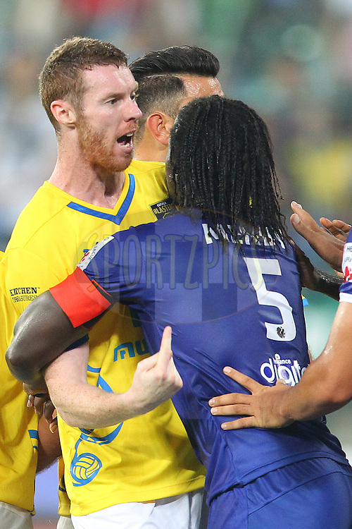 Stephen Pearson of Kerala Blasters FC lets his frustration show during match 9 of the Hero Indian Super League between Chennaiyin FC and Kerala Blasters FC held at the Jawaharlal Nehru Stadium, Chennai, India on the 21st October 2014.<br /> <br /> Photo by:  Ron Gaunt/ ISL/ SPORTZPICS