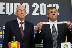 Jan Tuik and Michael Wiederer, EHF Secretary General with team Germany during the draw for the 2013 Men's World Championship in Spain (11 to 27 January 2013) at 10th EHF European Handball Championship Serbia 2012, on January 29, 2012 in Beogradska Arena, Belgrade, Serbia.  (Photo By Vid Ponikvar / Sportida.com)