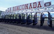 Vista de la gatera o cajones de salida en el Hipódromo de La Rinconada. Caracas, 2000.  Horses' exit in La Rinconada's Racetrack. Caracas, 2000.  (Ramón Lepage/Orinoquiaphoto)