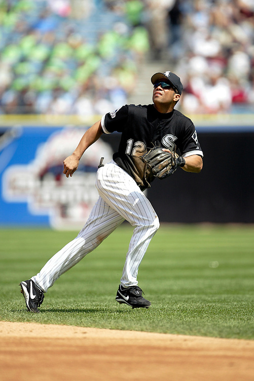 CHICAGO - JULY 23:  Roberto Alomar of the Chicago White Sox plays in an MLB game at Comiskey Park in Chicago, Illinois on July 23, 2003.   (Photo by Ron Vesely)