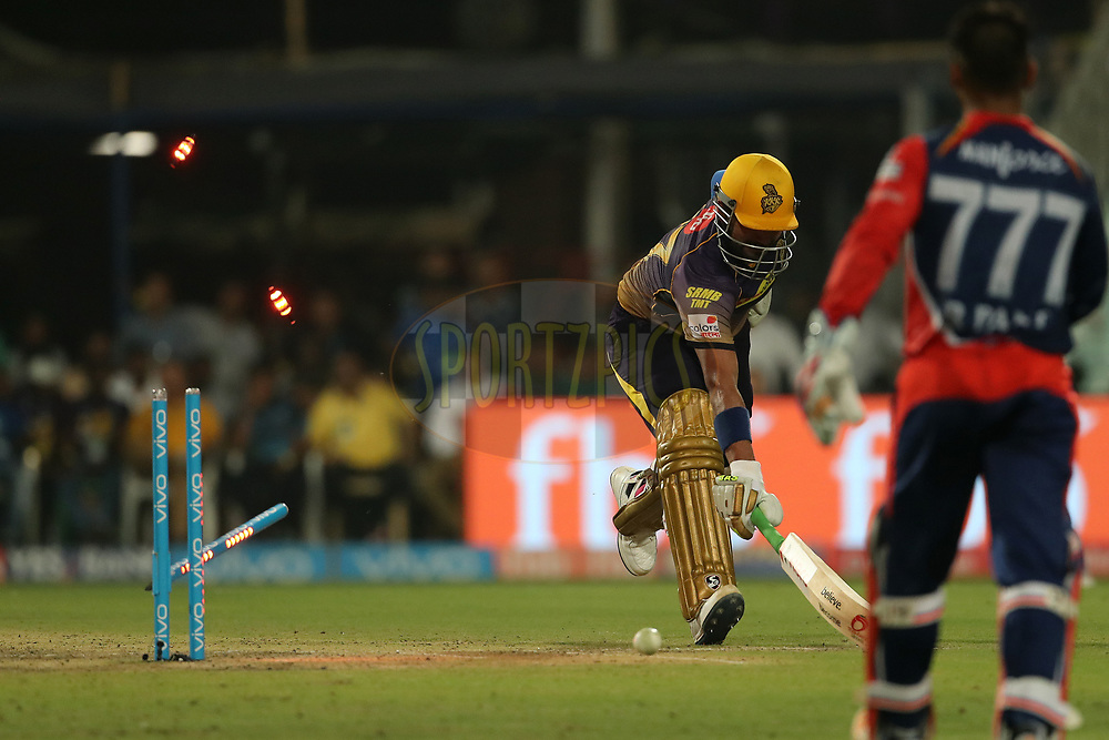 Robin Uthappa of the Kolkata Knight Riders is run out  during match 32 of the Vivo 2017 Indian Premier League between the Kolkata Knight Riders and the Delhi Daredevils   held at the Eden Gardens Stadium in Kolkata, India on the 28th April 2017<br /> <br /> Photo by Ron Gaunt - Sportzpics - IPL