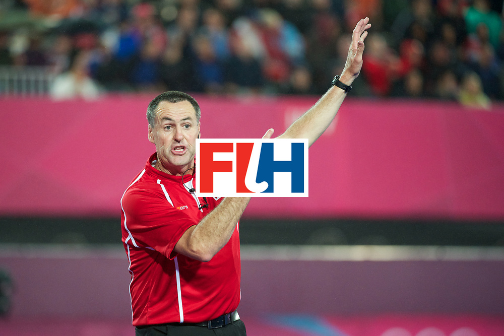Olympics 2012, hockey, D. Gentles ask to give the PC after his hand down