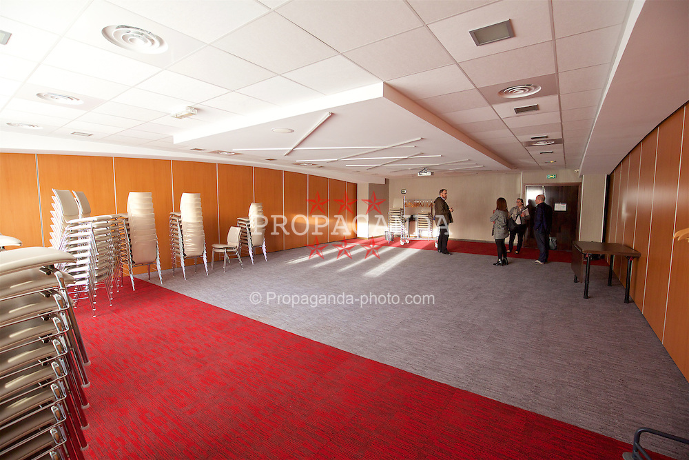 TOULOUSE, FRANCE - Monday, January 25, 2016: Salon Roland Garros 2 at the Holiday Inn Toulouse Airport during a Wales inspection visit ahead of the UEFA Euro 2016 Tournament. (Pic by David Rawcliffe/Propaganda)