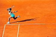 Serena Williams face à Virginie Razzano lors des Internationaux de France de Tennis, le 29 mai 2012 porte d'Auteuil.