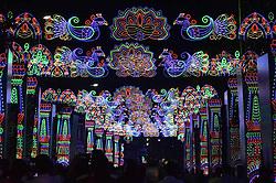 November 3, 2018 - Kolkata, West Bengal, India - The Lighting Decoration Kolkata street for the coming Deepawali Festival ,Deepawali on November 03,2018 in Kolkata,India. (Credit Image: © Debajyoti Chakraborty/NurPhoto via ZUMA Press)