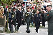 Zijne Koninkijke Hoogheid de Prins van Oranje neemt op donderdag 5 mei 2005 in Wageningen het defil&eacute; af van veteranen, oud-verzetsstrijders en parate eenheden tijdens de herdenking van de bevrijding die wordt georganiseerd door het Nationaal Comit&eacute; Herdenking Capitulaties 1945 Wageningen. Het defil&eacute; vindt voor de laatste maal in Wageningen plaats. Daarnaast aanvaardt de Prins van Oranje het beschermheerschap van het Comit&eacute; Nederlandse Veteranendag. <br /> <br /> Op de foto:<br /> <br /> <br /> ZKH Prins Willem Alexander