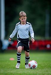 06-10-2016 NED: Selectie 2016-2017 vv Maarssen O10-1, Maarssen<br /> Fotoshoot de jeugd O10-1 van vv Maarssen / Ivan