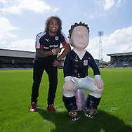 Dundee&rsquo;s Yordi Teijsse with 'Our Wullie bucket trail entrant 'Oor Bobby' based on Dundee Championship captain  Bobby Cox at Dens Park<br /> <br />  - &copy; David Young - www.davidyoungphoto.co.uk - email: davidyoungphoto@gmail.com