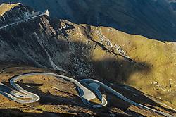 THEMENBILD - Serpentinen und das Fuscher Törl. Die Grossglockner Hochalpenstrasse verbindet die beiden Bundeslaender Salzburg und Kaernten mit einer Laenge von 48 Kilometer und ist als Erlebnisstrasse vorrangig von touristischer Bedeutung, aufgenommen am 15. September 2016, Bruck a. d. Glocknerstrasse, Oesterreich // Road Serpentines and the Fuscher Törl. The Grossglockner High Alpine Road connects the two provinces of Salzburg and Carinthia with a length of 48 km and is as an adventure road priority of tourist interest at Bruck a. d. Glocknerstrasse, Austria on 2016/09/15. EXPA Pictures © 2016, PhotoCredit: EXPA/ JFK