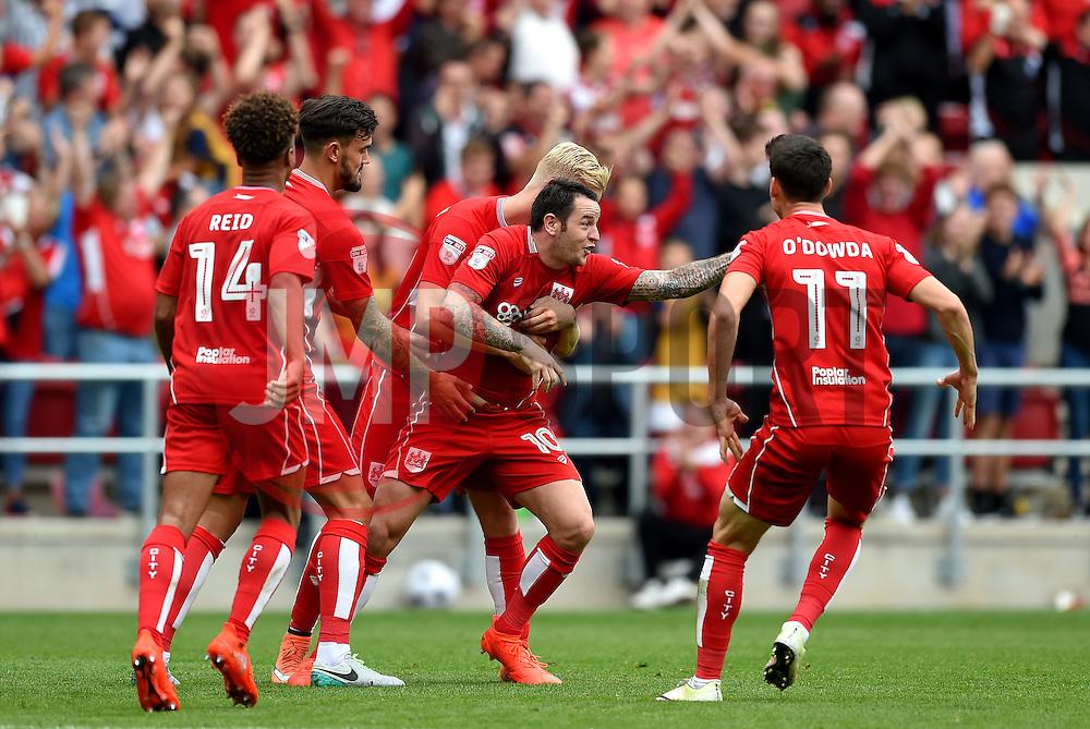 Lee Tomlin of Bristol City celebrates his goal with team mates  - Mandatory by-line: Joe Meredith/JMP - 27/08/2016 - FOOTBALL - Ashton Gate - Bristol, England - Bristol City v Aston Villa - Sky Bet Championship