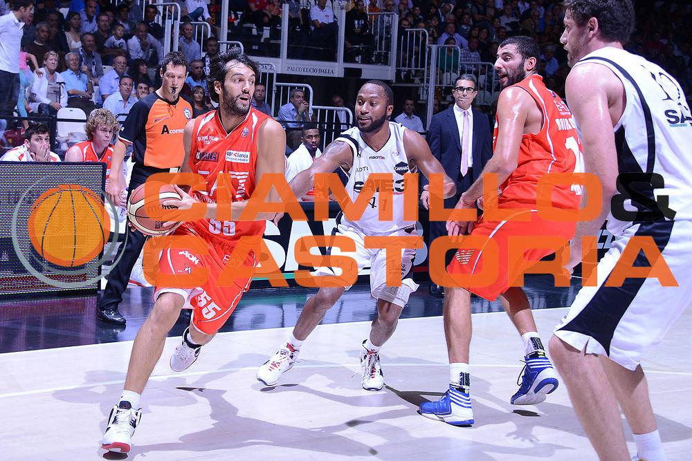 DESCRIZIONE : Bologna Lega A 2012-13 EA7 Saie3 Bologna Emporio Armani Milano <br /> GIOCATORE : gianluca basile<br /> CATEGORIA : palleggio<br /> SQUADRA : Saie3 Bologna Emporio Armani Milano<br /> EVENTO : Campionato Lega A 2012-2013 <br /> GARA : Saie3 Bologna Emporio Armani Milano<br /> DATA : 03/10/2012<br /> SPORT : Pallacanestro <br /> AUTORE : Agenzia Ciamillo-Castoria/M.Gregolin<br /> Galleria : Lega Basket A 2012-2013  <br /> Fotonotizia : Bologna Lega A 2012-13 Saie3 Bologna Emporio Armani Milano<br /> Predefinita