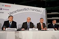"""25 NOV 2010, BERLIN/GERMANY:<br /> Dr. Josef Ackermann, Vorstandsvorsitzender Deutsche Bank AG, Dr. Juergen Strube, Aufsichtsratsvorsitzender BASF, Dr. Juergen Hambrecht, Vorstandsvorsitzender BASF SE, Dr. Hermann Scholl, Aufsichsratvorsitzender Bosch GmbH, (v.R.n.L.), Pressegespraech """"Leitbild fuer verantwortliches Handeln in der Wirtschaft"""", Clubraum, Akademie der Kuenste<br /> IMAGE: 20101125-01-010<br /> KEYWORDS: Jürgen Hambrecht"""