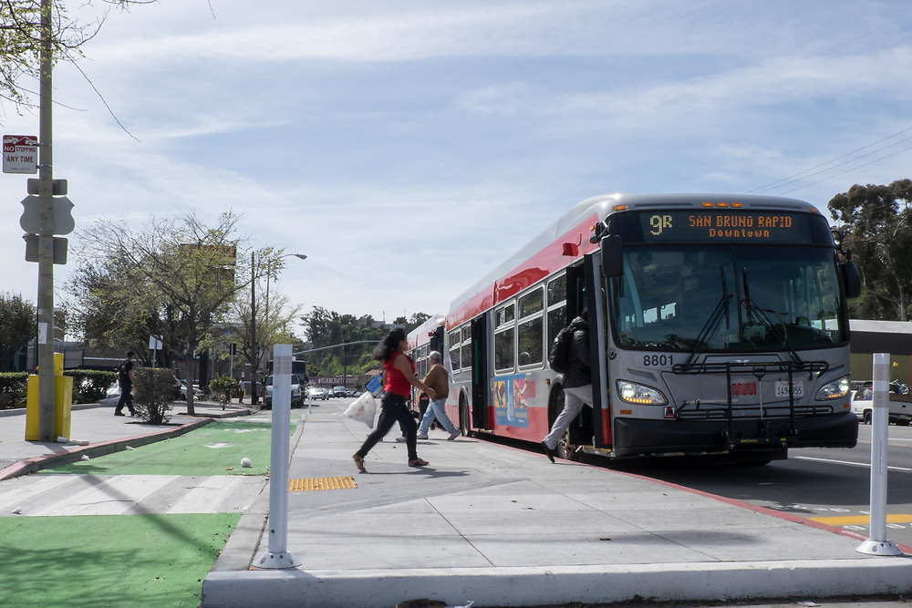 Bus Boarding Island on Bayshore for 9 San Bruno Rapid Project | March 9, 2017