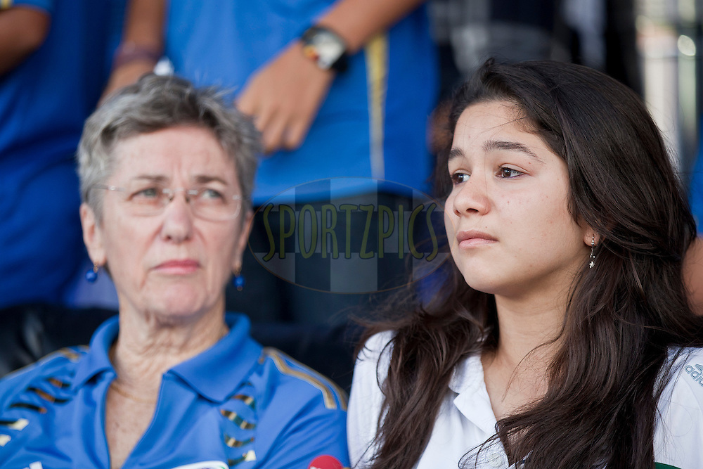 Sachin's Daughter Sara during match 27 of the Indian Premier League ( IPL ) between the Deccan Chargers and the Mumbai Indians held at the Rajiv Gandhi International Cricket Stadium in Hyderabad on the 24th April 2011..Photo by Saikat Das/BCCI/SPORTZPICS.