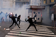 Milano 1 Maggio 2015<br /> Mayday  NoExpo  <br /> Scontri manifestanti polizia durante la manifestazione a Milano,contro l'apertura dell'Esposizione universale Milano 2015.<br /> Milan, May 1, 2015<br /> Mayday NoExpo<br /> Clashes  protesters against police during the demonstration in  downtown Milan, to protest against Universal Exposition Milano 2015.