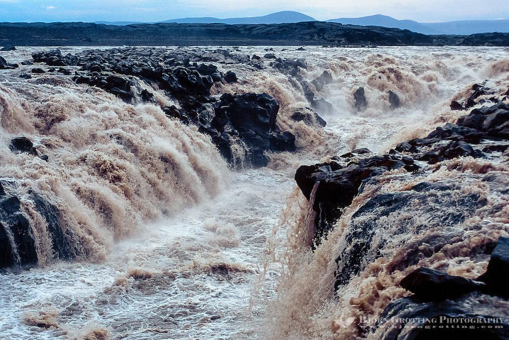 Iceland. Jokulsa a Fjollum river in the Vatnajokull National Park, along the road to Askja. Gljufrasmidur waterfall.