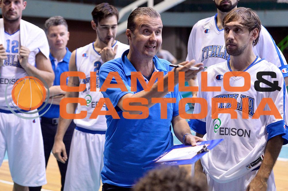 DESCRIZIONE : Sarajevo Nazionale Italia Uomini Torneo Internazionale di Sarajevo Italia Bielorussia Italy Belarus<br /> GIOCATORE : Simone Pianigiani<br /> CATEGORIA : Timeout<br /> SQUADRA : Italia Italy<br /> EVENTO : Trofeo Internazionale di Sarajevo<br /> GARA : Italia Bielorussia Italy Belorus<br /> DATA : 20/07/2014<br /> SPORT : Pallacanestro<br /> AUTORE : Agenzia Ciamillo-Castoria/GiulioCIamillo<br /> Galleria : FIP Nazionali 2014<br /> Fotonotizia : Sarajevo Nazionale Italia Uomini Torneo Internazionale di Sarajevo Italia Bielorussia Italy Belarus