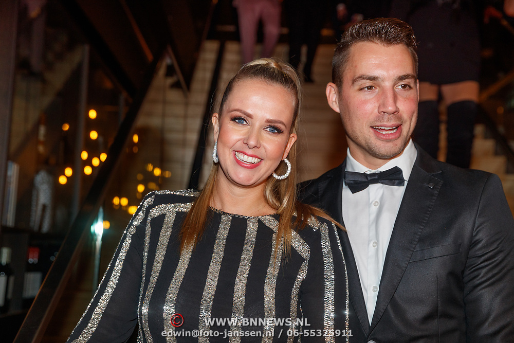 NLD/Amsterdam/20181122 - Premiere First Kiss, Monique Smit en partner Martijn Molleman