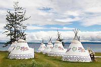 Mongolie. Province de Khovsgol. Lac de Khovsgol. Hotel avec des chambres dans des tentes inspirées de l'habitat des tsaatan. // Mongolia. Khovsgol province. Khovsgol lake. Hotel tents