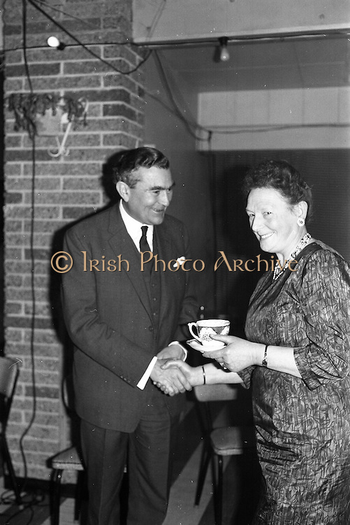 06/04/1963<br /> 04/06/1963<br /> 06 April 1963<br /> Staff presentations to Mr. John D. Ware, departing General Manager of W.D. & H.O. Wills Ireland. Senior staff made presentations of gifts to Mr. Ware at a party at the Zoo, Dublin. Mr. Ware was about to go to Bristol to take up the job of Assistant to W.S.J. Carter who was succeeding to the post of Managing Director of the Firm. Mr. Ware being congratulated on his promotion