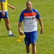 NLD/Katwijk/20100831 - Training Nederlands Elftal kwalificatie EK 2012, John Heitinga