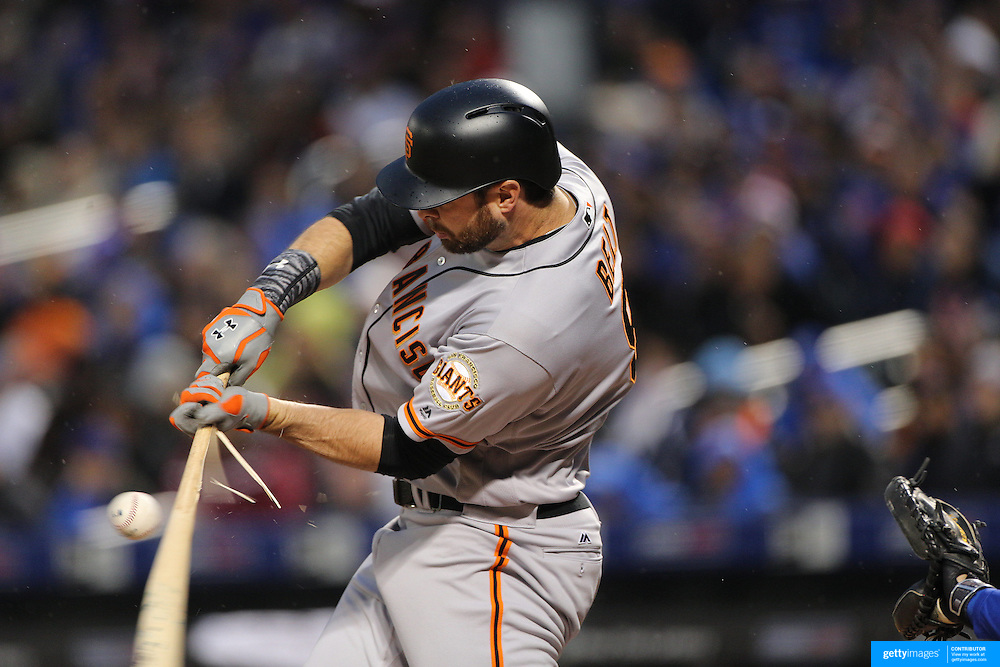 NEW YORK, NEW YORK - APRIL 29:  Brandon Belt #9 of the San Francisco Giants breaks his bat while batting during the New York Mets Vs San Francisco Giants MLB regular season game at Citi Field on April 29, 2016 in New York City. (Photo by Tim Clayton/Corbis via Getty Images)