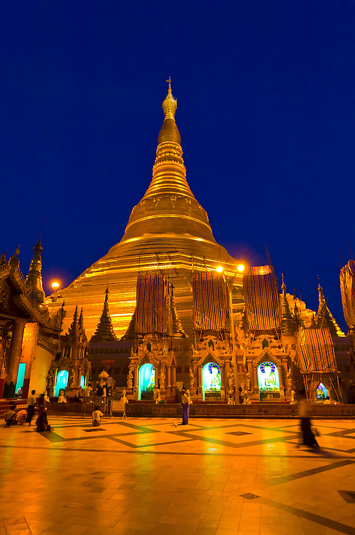 Shwedagon Pagoda at night, Yangon, Myanmar (Burma)