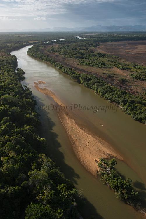 Rupununi River<br /> Savanna <br /> Rupununi<br /> GUYANA<br /> South America