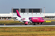 HA-LWD Wizz Air Airbus A320-232 at Milan - Malpensa