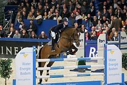 Muller Caroline (NED) - Vincenzo<br />  KWPN Hengstenkeuring 2009<br /> © Dirk Caremans