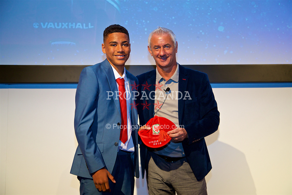 NEWPORT, WALES - Saturday, May 27, 2017: Rival Mardenborough receives his Under-16 Wales cap from Wales' Elite Performance Director Ian Rush at the Celtic Manor Resort. (Pic by David Rawcliffe/Propaganda)