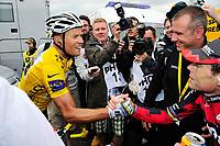 Sykkel<br /> Tour de France 2011<br /> 09.07.2011<br /> Foto: Gepa/Digitalsport<br /> NORWAY ONLY<br /> <br /> Tour de France 2011, 8. Etappe, Aigurande - Super-Besse Sancy. <br /> <br /> Bild zeigt Thor Hushovd (NOR/ Garmin) und Cadel Evans (AUS/ BMC Racing Team)