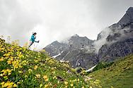 Below the Bratschenköpfe. Hiking from Arthurhaus to Erichhutte, Salzburger Almenweg, Salzburgerland, Austria © Rudolf Abraham