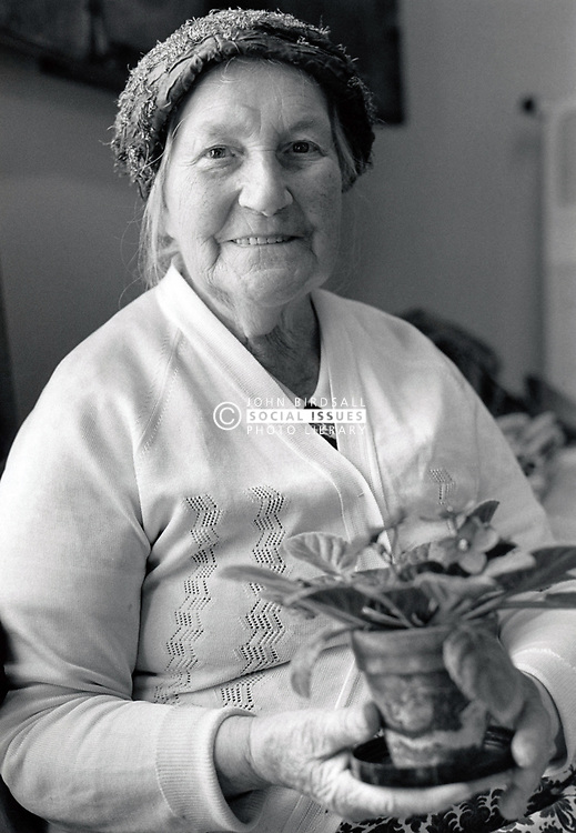 Portrait of an elderly woman, Nuffield House Day Centre, Nottingham, UK 1985