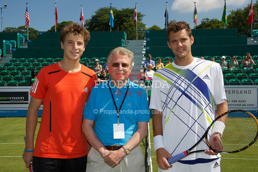 LIVERPOOL, ENGLAND - Wednesday, June 16, 2010: Luke Bambridge (GBR), Umpire Mike Jackson and Paul-Henri Mathieu (FRA) before the Men's Singles on day one of the Liverpool International Tennis Tournament at Calderstones Park. (Pic by David Rawcliffe/Propaganda)