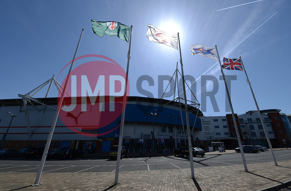 A general view of the Madejski Stadium ahead of the London Irish game agaisnt Sale Sharks in the Aviva Premiership - Photo mandatory by-line: Dougie Allward/JMP - Mobile: 07966 386802 - 12/04/2015 - SPORT - Rugby - Reading - Madejski Stadium - London Irish v Sale Sharks - Aviva Premiership