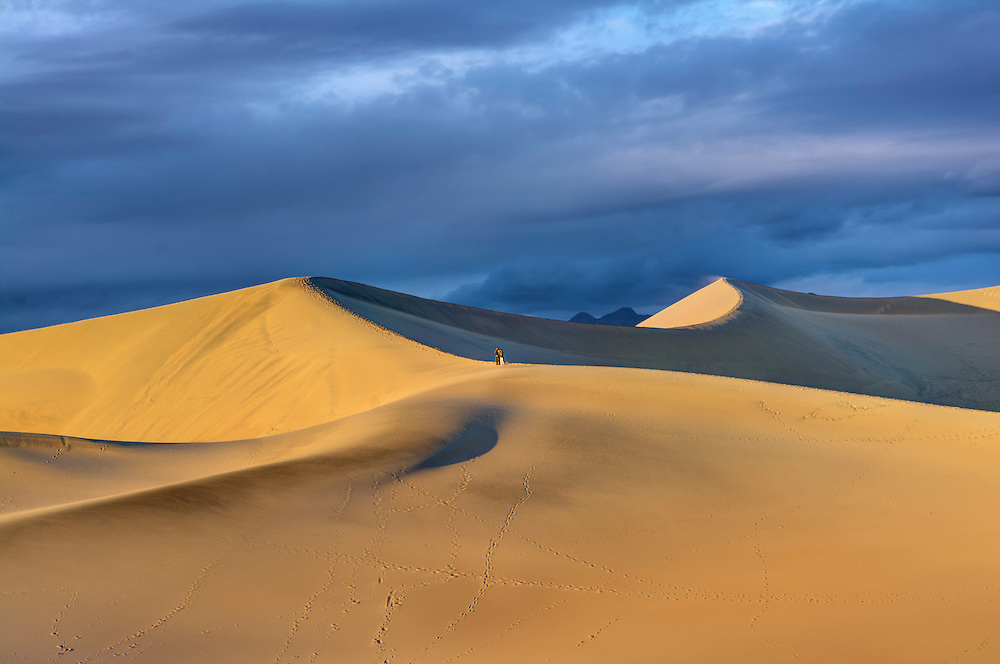 The Mesquite Flat Dunes, Death Valley National Park, CA.