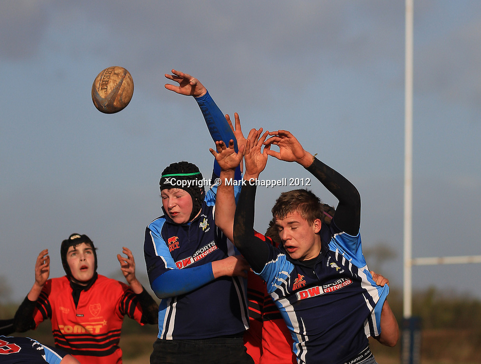 CHIPPENHAM, UNITED KINGDOM. JANUARY 22 2012. Chippenham RFC U15 play Swindon Supermarine in the Sunday Junior League.© Mark Chappell 2012. All Rights Reserved. Moral Rights asserted, See instructions.