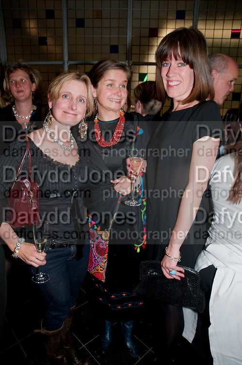 CRESSIDA COWELL; EMILY FACCINI; LUCY PERELLA, Literary charity First Story fundraising dinner. Cafe Anglais. London. 10 May 2010. *** Local Caption *** -DO NOT ARCHIVE-© Copyright Photograph by Dafydd Jones. 248 Clapham Rd. London SW9 0PZ. Tel 0207 820 0771. www.dafjones.com.<br /> CRESSIDA COWELL; EMILY FACCINI; LUCY PERELLA, Literary charity First Story fundraising dinner. Cafe Anglais. London. 10 May 2010.