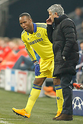"25.11.2014, Veltins Arena, Gelsenkirchen, GER, UEFA Euro Qualifikation, Schalke 04 vs FC Chelsea, Gruppe G, im Bild Headcoach Jose ""the special one"" Mourinho (FC Chelsea) talking to Didier Drogba (FC Chelsea #11) // during the UEFA Champions League group G match between Schalke 04 and Chelsea FC at the Veltins Arena in Gelsenkirchen, Germany on 2014/11/25. EXPA Pictures © 2014, PhotoCredit: EXPA/ Eibner-Pressefoto/ Schueler<br /> <br /> *****ATTENTION - OUT of GER*****"