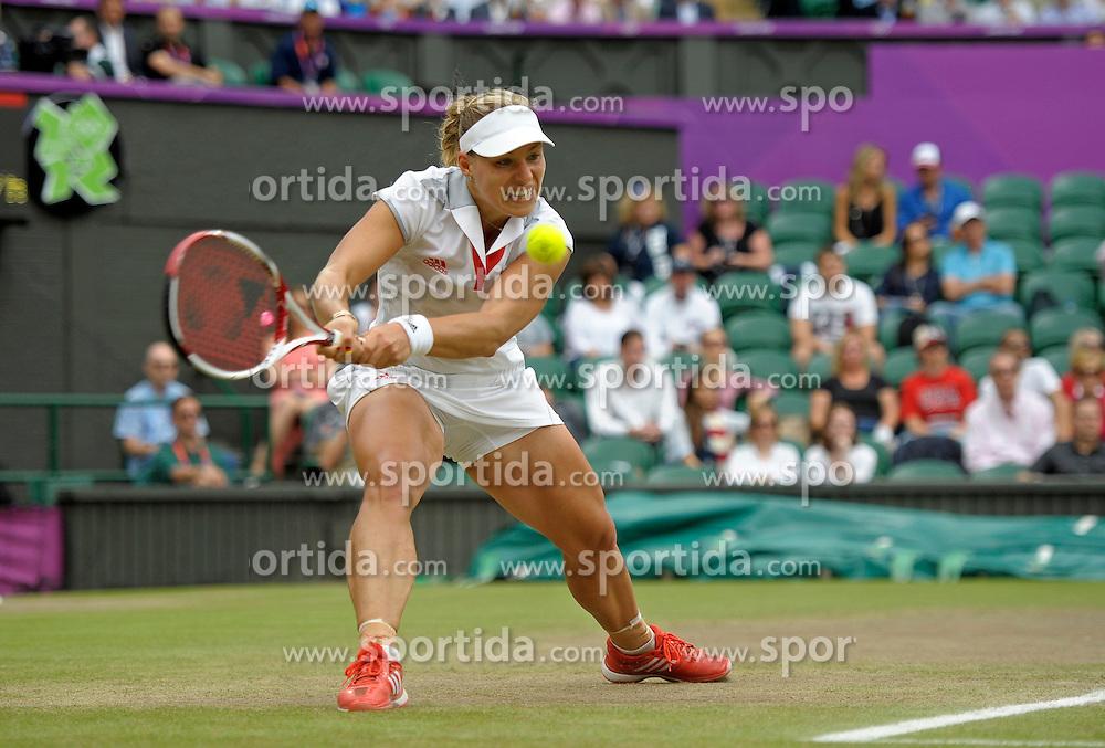 02.08.2012, Olympische Sommerspiele 2012 in London, Tennis in Wimbledon, Damen Viertelfinale,  Angelique Kerber (GER) auf dem Centre-Court....*Copyright by:  M.i.S.-Sportpressefoto, I N N S B R U C K E R S T R . 12, 87719 M I N D E L H E I M, Tel: 08261/20944,  (MAIL: misbernd@t-online.de, Homepage: www.mis.mn)